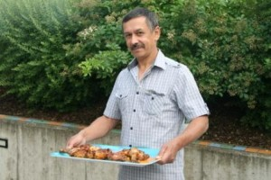 Teilnehmer des Deutschkurs für Ausländer kochen gemeinsam
